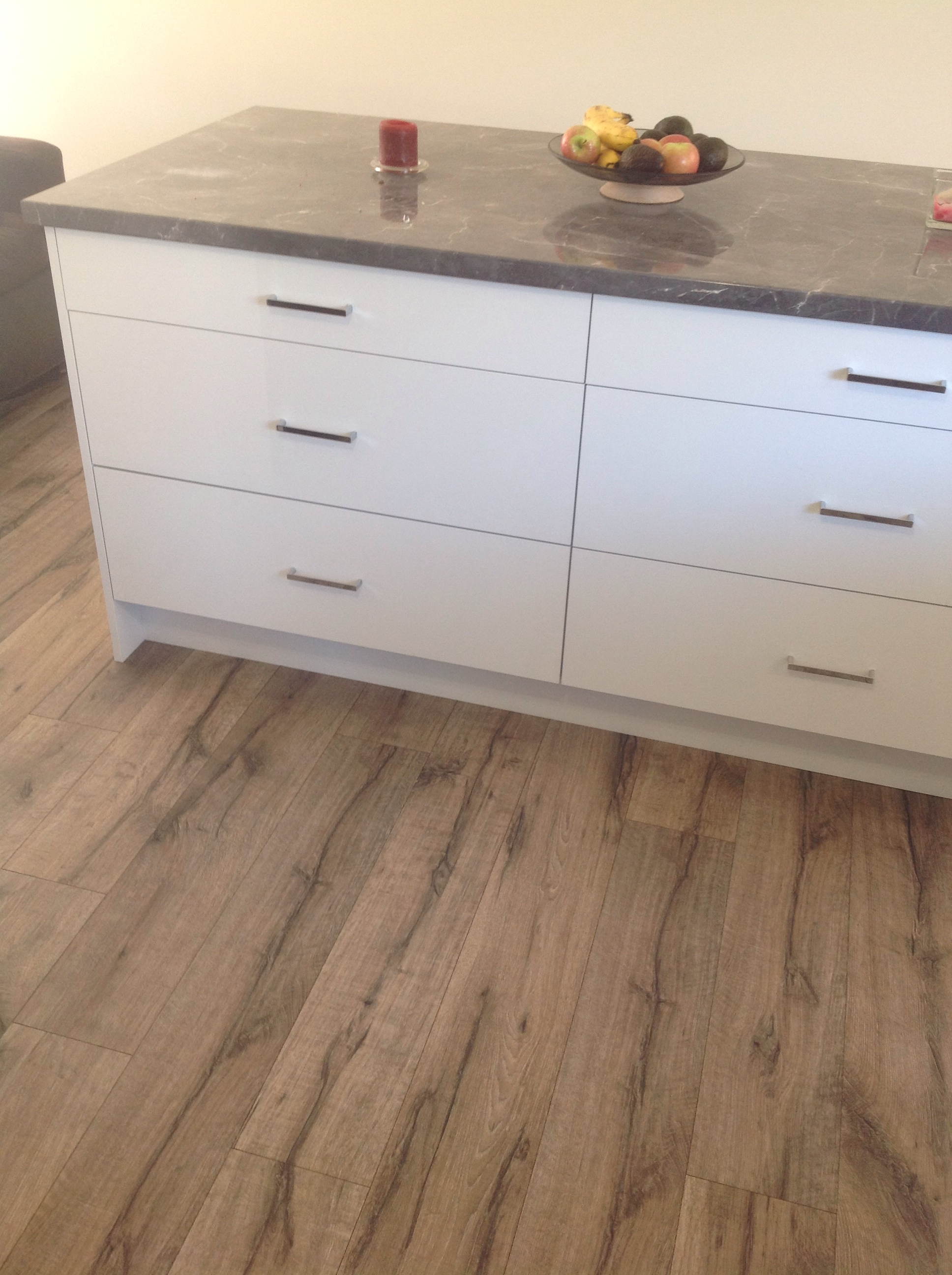 laminate-flooring-hero - Lakeside Flooring Floating Floors ...